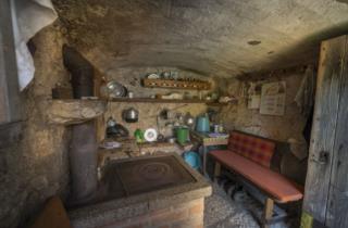 Esempio di antica abitazione rurale a Monte Prat